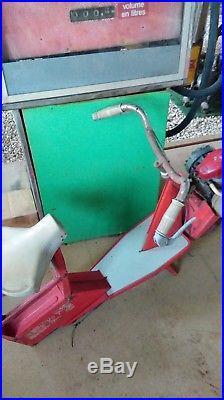 1 ancien PETIT SOLEX MICRON, loft, usine, vintage, industriel, scooter, moto