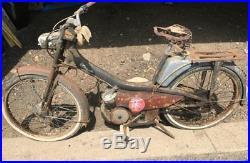 1 ancienne mobylette MOTOBECANE grise AV 44 1960, scooter, moto, cyclo, no émaillé