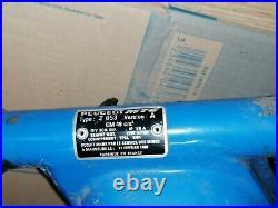 Cadre 103 RCX Peugeot avec plaques mine avec barre et barre de renfort