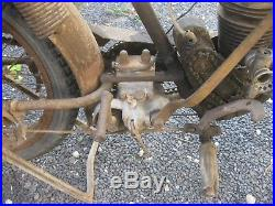 MOTOBECANE 250 TYPE E entretube flattank années 20 barn find sortie de grange