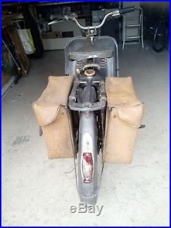Mobylette av 44 motobecane de colection