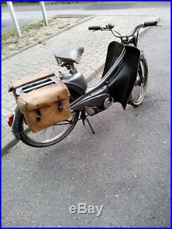 Mobylette motobecane de colection