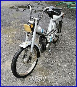 Mobylette motoconfort MBK 51V demarre et roule livrable