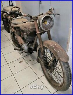 Moto de collection motobecane 125 D45S 1954 sortie de grange barn find
