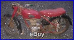 Moto de collection motobecane 175 Z22C gros moteur a pompe a huile 1954